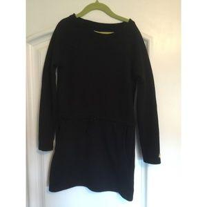 Black long sweatshirt dress with pockets
